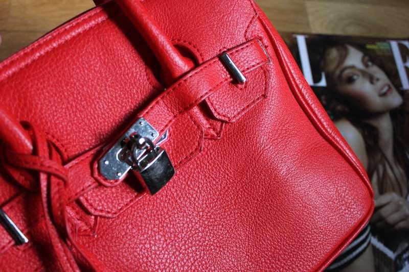 Puma Laukku Punainen : Hello you ikirppis punainen laukku lukkoriipuksella